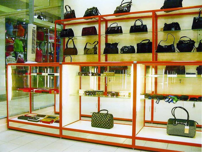 ...и аксессуаров торговое оборудование для магазинов сумок и аксессуаров.